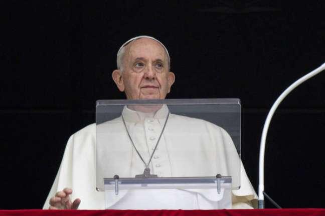 Papa Francisco durante Angelus no Vaticano