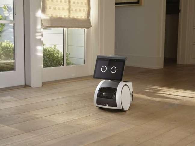 Robô doméstico Astro