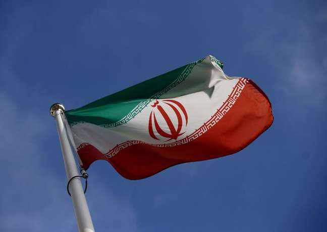 Bandeira do Irã em Viena 01/03/2021 REUTERS/Lisi Niesner