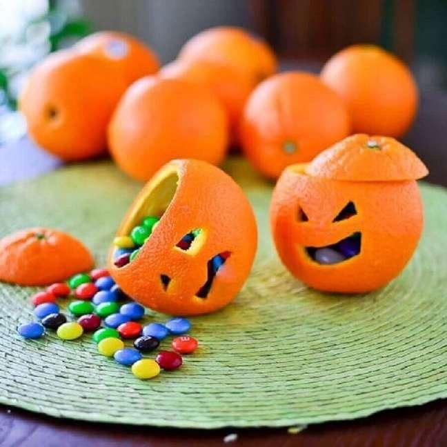 6. Mini abobora Halloween para festa recheada de balas – Foto: La Cucina Oficial