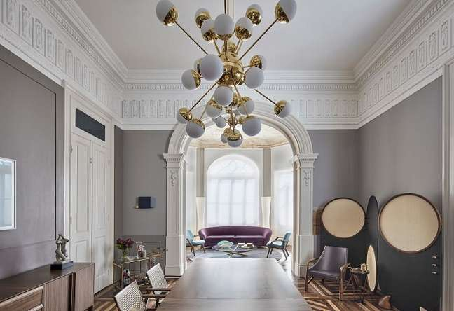 43. Sala de jantar de luxo moderna em tons de cinza. Fonte: Casacor MG 17
