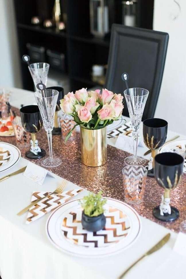 57. Decoração de festa de Halloween com mesa posta – Foto: Architecture Art Designs