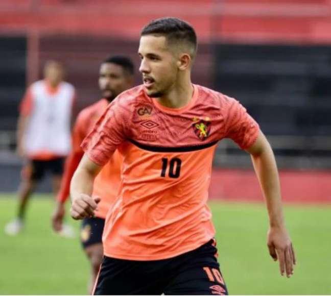 Pedro Henrique já atuou em quatro partidas pelo Sport (Anderson Stevens/Sport)