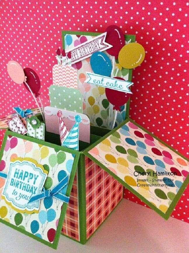 38. Ideia para festa na caixa infantil bem colorida – Foto: Create With Cheryl