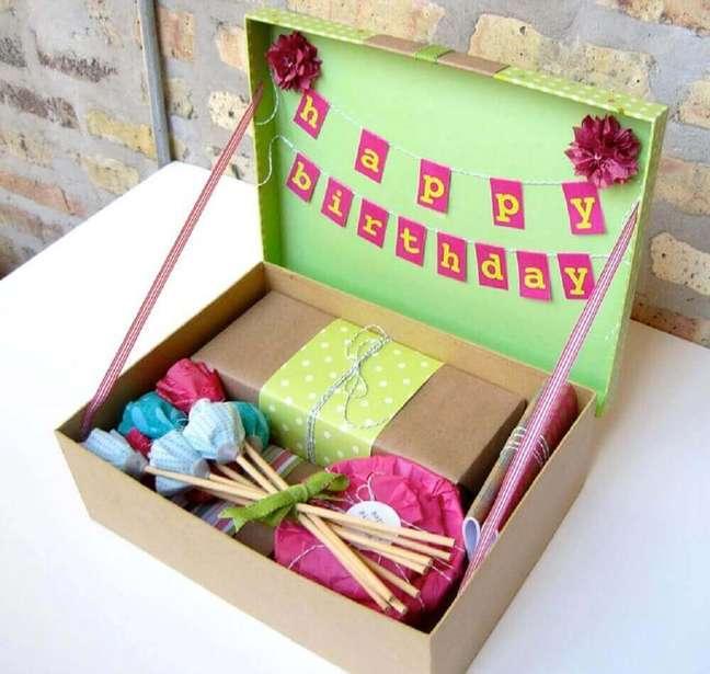 67. Os detalhes na decoração da caixa para festa na caixa podem fazer toda a diferença – Foto: Building Impact