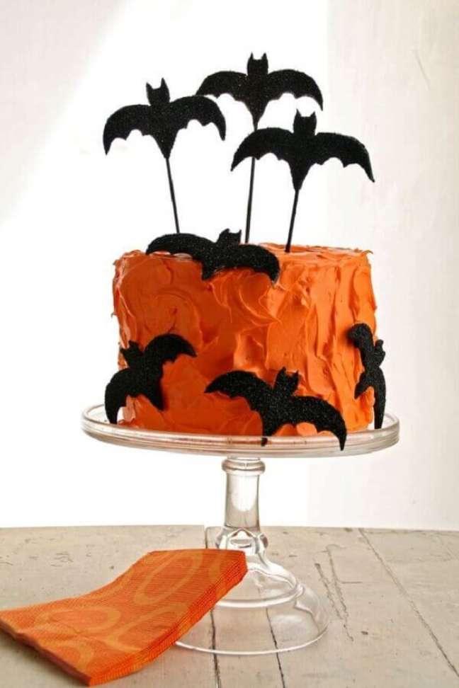 16. Faça o seu próprio bolo decorado para a sua festa de Dia das Bruxas – Foto: DIY Decoração
