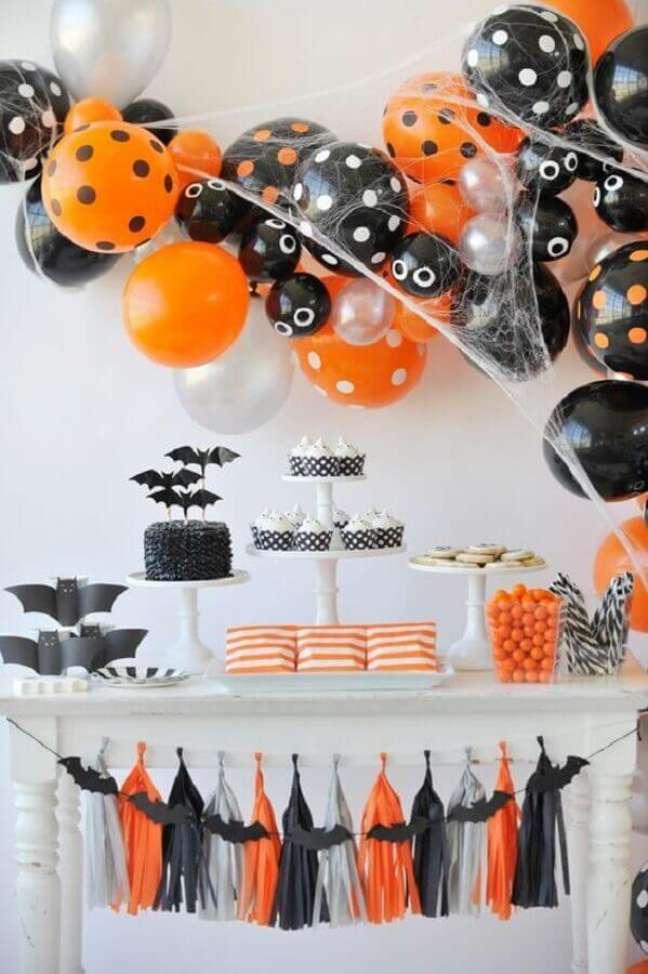61. Decoração simples de mesa de Halloween – Foto: Keep Cool New Mom