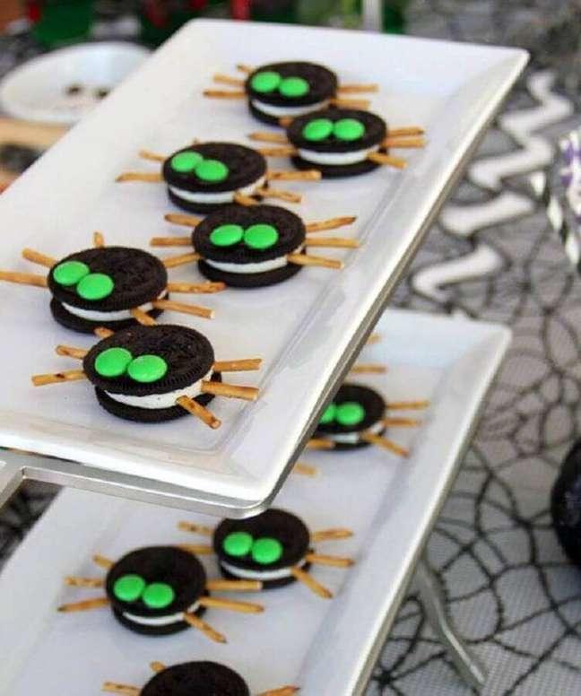 15. Utilize bolachas personalizadas para a sua decoração de festa de Dia das Bruxas – Foto: Pinosy