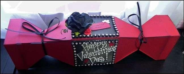 66. Quer surpreender sua namorada? Capriche na embalagem da caixa para a festa na caixa – Foto Bosskut