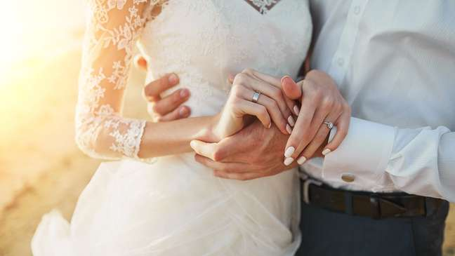 Conheça os 4 signos que são para casar