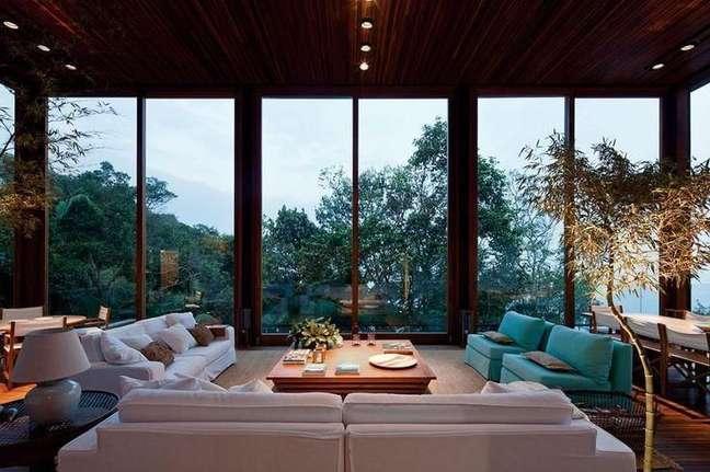 4. Decore sua casa de forma que você consiga aproveitar ao máxima a luz natural. Fonte: Amanda Forte