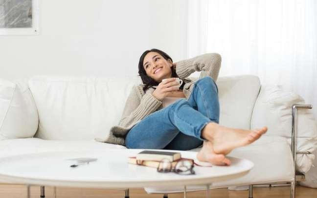 Atividades físicas, meditação e banhos são alguns dos processos de relaxamento - Shutterstock.