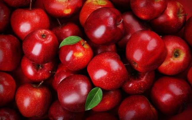 Descubra se essa fruta é maçã da bruxa ou maçã do encanto - Shutterstock.