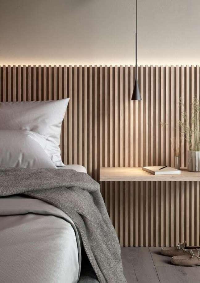 47. Cabeceira de ripa de madeira com iluminação – Foto Architonic
