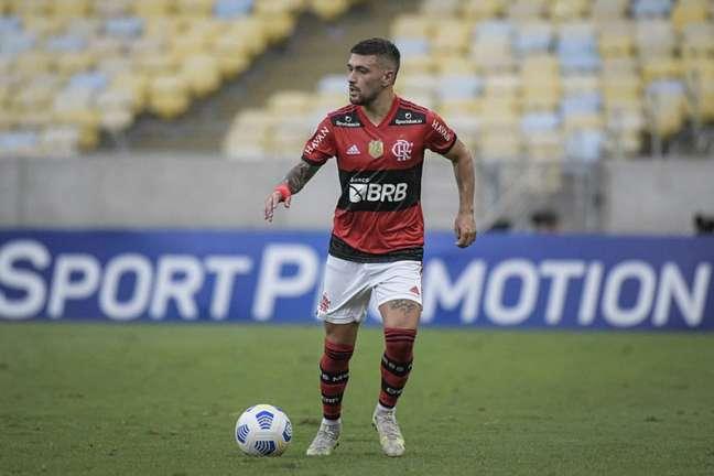 O meia Arrascaeta em ação pelo Flamengo, contra o Athletico, no Maracanã (Foto: Alexandre Vidal/Flamengo)