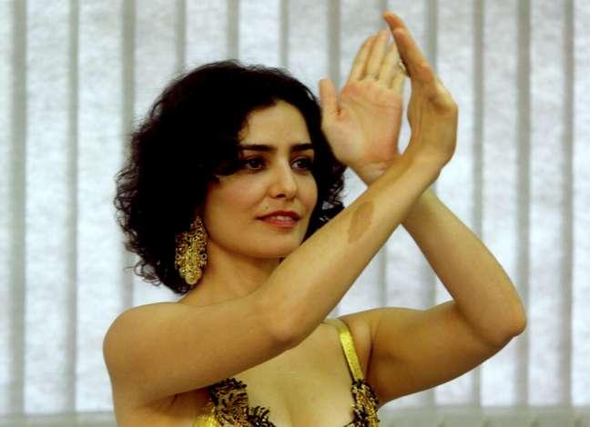 Letícia Sabatella como Latiffa