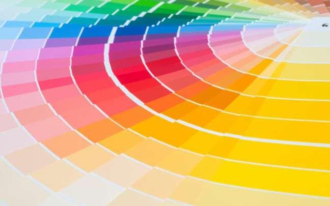 Cada cor representa uma energia e pode ser usada para conseguir o que deseja, afinal, elas mudam a energia dos ambientes. Confira como usá-las! - Shutterstock.