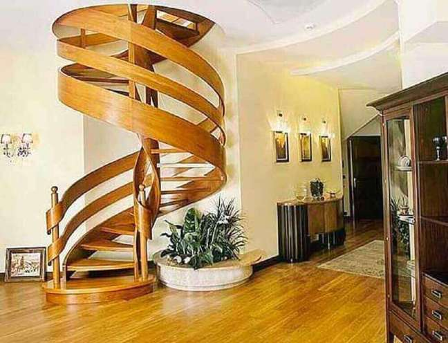 51.Modelo de escada caracol de madeira com design moderno. Fonte: Alibaba