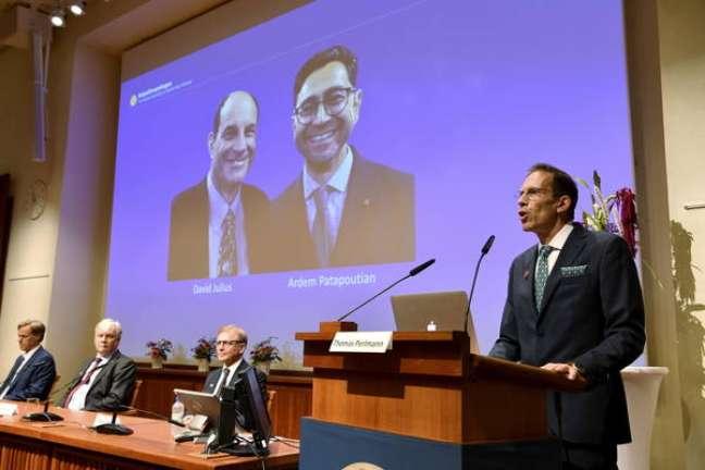 Anúncio do Prêmio Nobel de Medicina para David Julius e Ardem Patapoutian, em Estocolmo