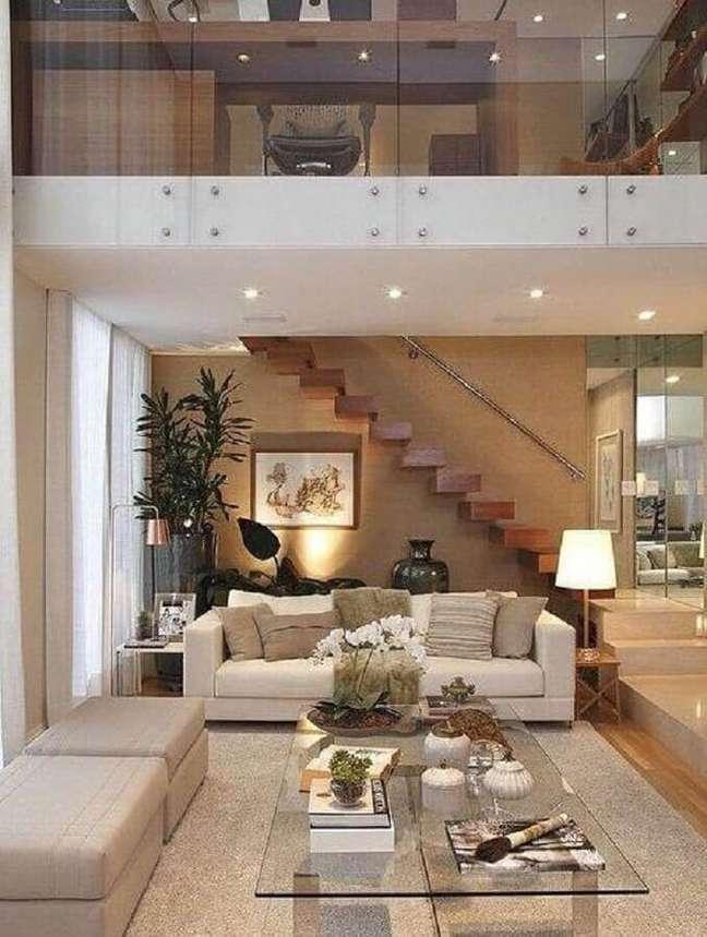 10. Modelo discreto de escada de madeira para sala. Fonte: the Ofy