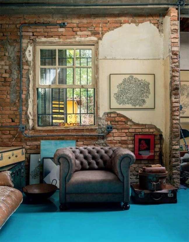 61. Poltrona chesterfield fica linda com o sofá chesterfiel retrátil – Via: Casa e Jardim