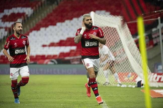 Convocados, Gabigol e Everton Ribeiro voltarão a desfalcar o Flamengo no Brasileirão (Foto: Alexandre Vidal/CRF)