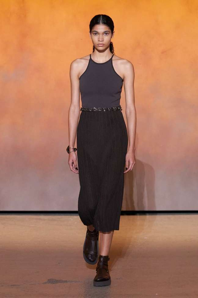 Raynara Negrine na Hermès