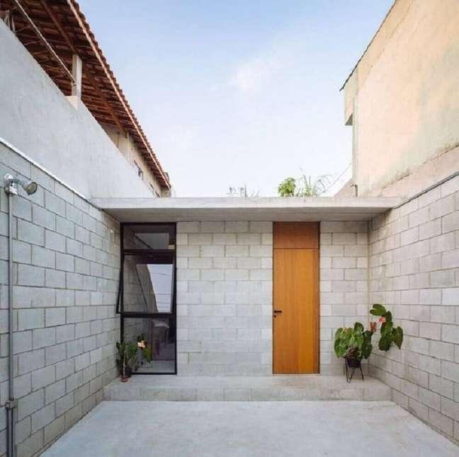 6. Telhado platibanda garantem que a frente de casas simples fique mais moderna. Fonte: Archello