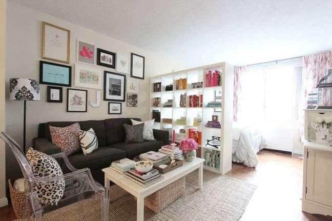 49. Decoração de casa simples e bonita com quadros. Fonte: Apartment Therapy