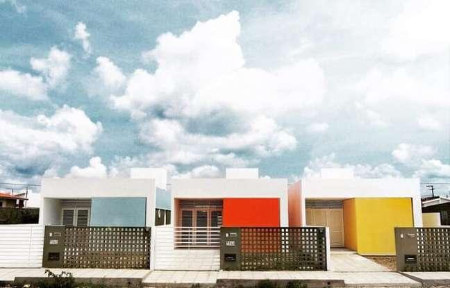 101. Fachadas coloridas de casas simples. Fonte: Martins Lucena Arquitetos