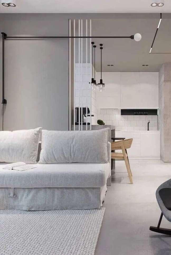 35. Cores de casas modernas para decoração minimalista de sala cinza e branca – Foto: Mauricio Gebara Arquitetura