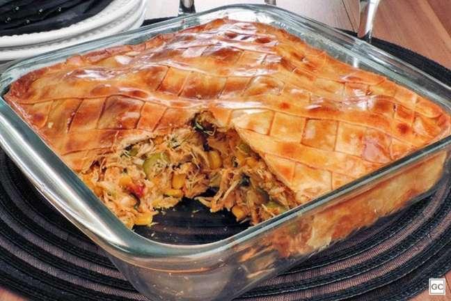 Guia da Cozinha - Torta fácil de frango e massa de pastel