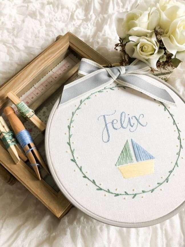 1. Coloque em prática pontos do bordado livre e crie lindas obras. Fonte: Knitty Knotts