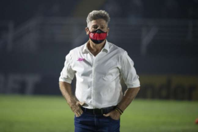 Renato falou de desfalques (Foto: Alexandre Vidal / Flamengo)