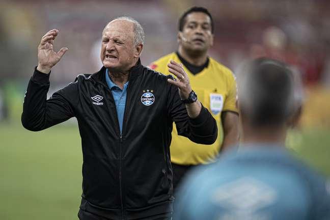 Felipão, técnico do Grêmio, durante partida pelo campeonato Brasileiro