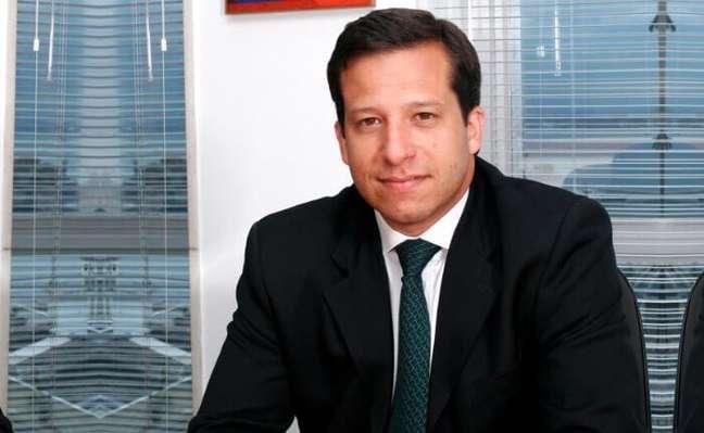 """""""É fundamental que aumentem os cuidados de quem faz compras ou pagamentos pelo celular e desktops"""", diz Francisco Carvalho"""