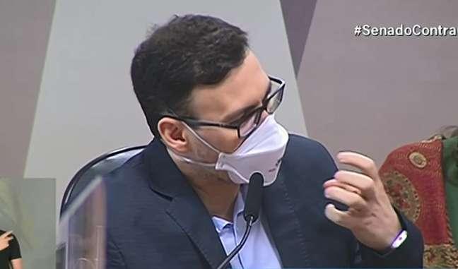 Fui obrigado a não usar máscara, diz ex-médico da Prevent