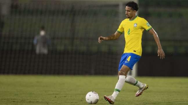 Marquinhos em ação pelo Brasil (Foto: Lucas Figueiredo/CBF)