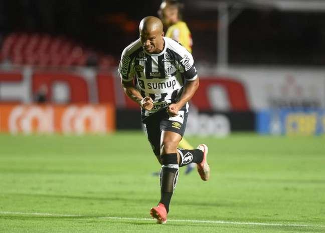 Santos é um dos clubes que assinaram o novo acordo (Foto: Divulgação/Santos)