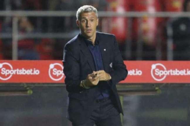 Crespo negou pressão (Foto: Paulo Pinto / saopaulofc.net)