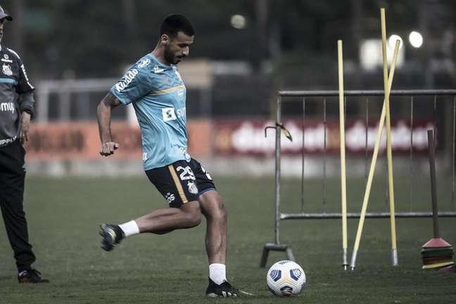 Camacho é dúvida para o jogo contra o Grêmio (FOTO: Ivan Storti/Santos FC)