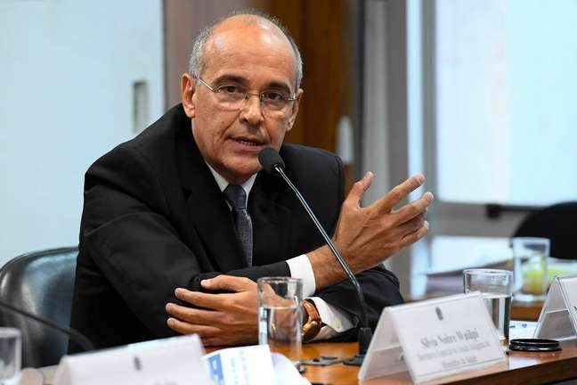 O presidente do Conselho Federal de Medicina,Mauro Luiz de Britto Ribeiro.