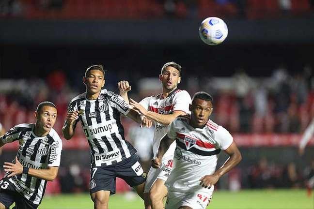 Santos ficou no empate em 1 a 1 no clássico contra o São Paulo nesta quinta (Foto: Paulo Pinto / saopaulofc.net)