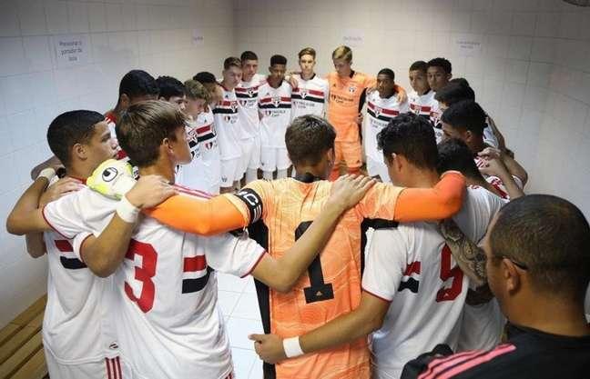 Sub-17 do São Paulo mantém foco nas semis da Copa do Brasil (Foto: Rubens Chiri/Saopaulofc.net)