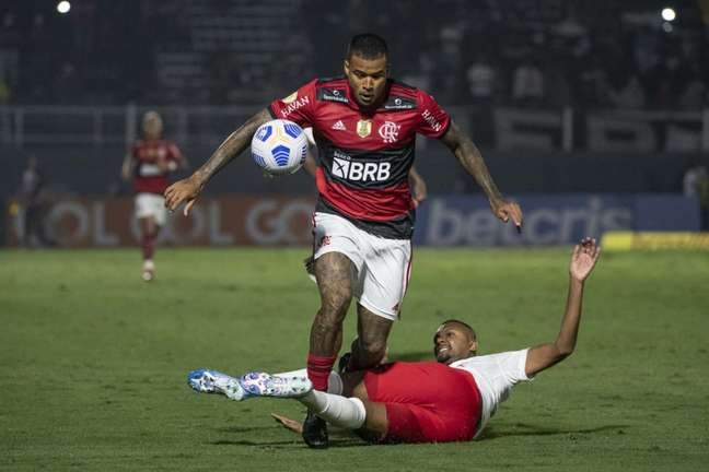 Kenedy entrou na etapa final da partida contra o Red Bull Bragantino (Foto: Alexandre Vidal/Flamengo)