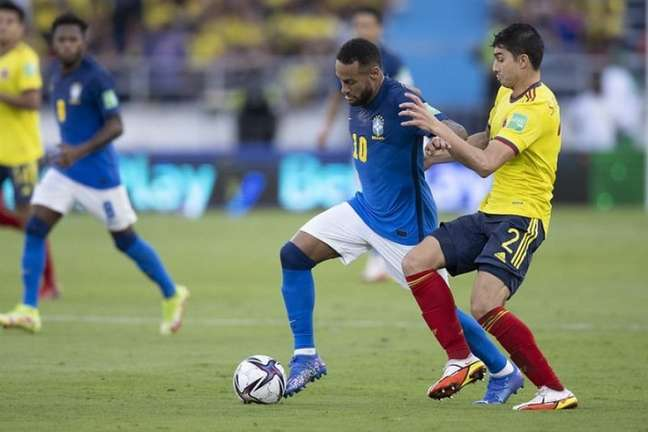 Neymar em ação pelo Brasil em partida contra a Colômbia (Foto: Lucas Figueiredo / CBF)