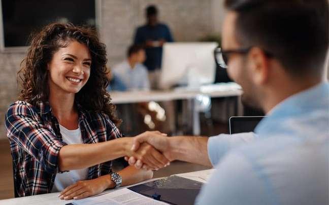 Rituais para conseguir trabalho - Shutterstock