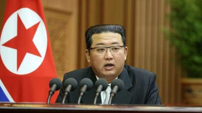 """Todo o dinheiro da Coreia do Norte pertence ao Líder Supremo"", diz Kim Kuk-song"