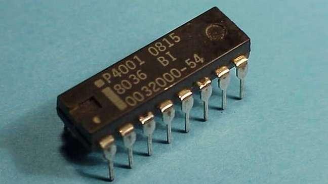 Memória ROM Intel 4001