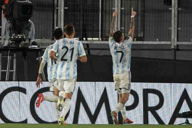 Lo Celso marcou o segundo gol argentino em Buenos Aires (Foto: Juan Mabromata / AFP)